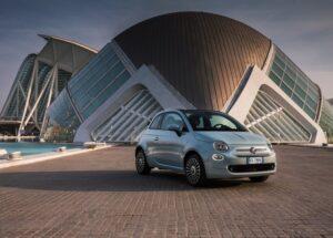 Fiat-500_Hybrid-2020-800-01
