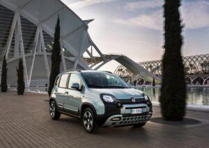 Fiat-Panda_Hybrid-2020-800-01