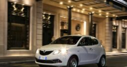 Noleggio Lungo Termine Lancia Ypsilon 1.0 Silver Hybrid