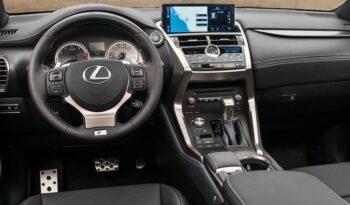 LEXUS NX Hybrid Premium 4WD pieno