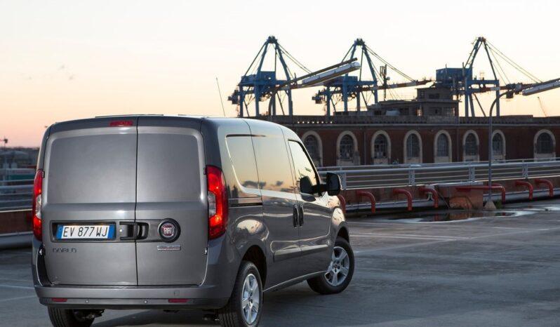 Noleggio Lungo Termine FIAT Doblò Cargo furgonata MAXI LH1 EASY 1.6 Mjet 105cv E6D-f S&S pieno